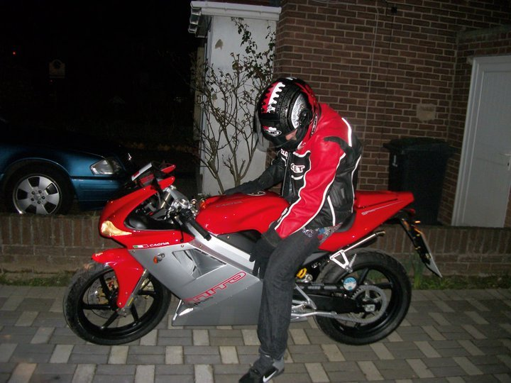 cagiva mito sp 525 2011 garage system 125cc sportsbikes forum. Black Bedroom Furniture Sets. Home Design Ideas