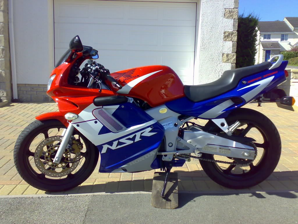 honda nsr 125 r 2002 garage system 125cc sportsbikes forum. Black Bedroom Furniture Sets. Home Design Ideas